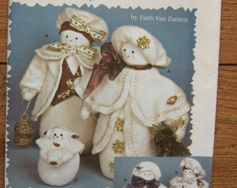 2001 simplicity pattern 9956 SNOW PEOPLE  uncut christmas holiday