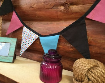 Harlequin Flags - Striking Bunting for a Party or Home - 13 flags