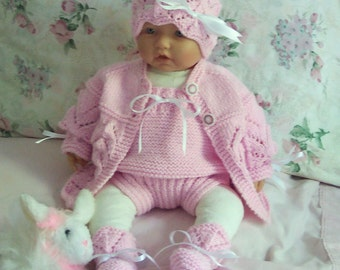 Custom handmade  knit baby girls or Reborn Dolls pink Scalloped edge Sweater hat  booties diaper cover 4 piece Layette 0-12M Ready To Ship
