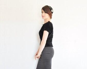black wool felt 1940 cloche . ivory trim tulle net half hat . very lady .sale
