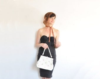 mod bubble beaded bridal purse . prettiest pastel white floral hand bag