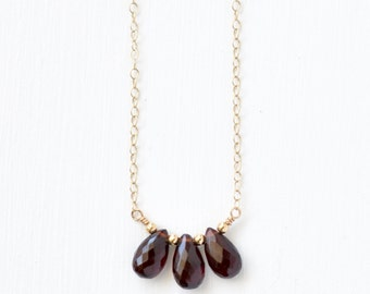 Gold Garnet Necklace / Three Stone Garnet Necklace / Delicate Gemstone Necklace / January Birthstone Jewelry