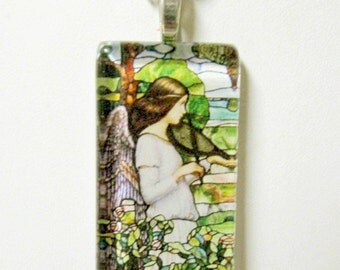 Angel with violin pendant with chain - GP01-657
