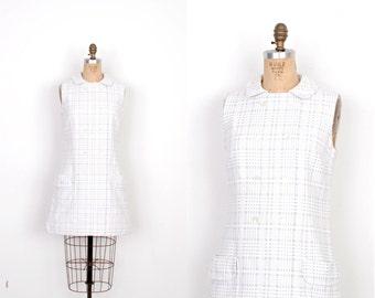 Vintage 1960s Dress / 60s Mod Plaid Mini Dress / White and Gray (medium M)