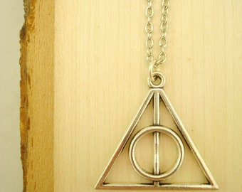 Deathly Hallows Necklace   Harry Potter   Geeky Jewelry