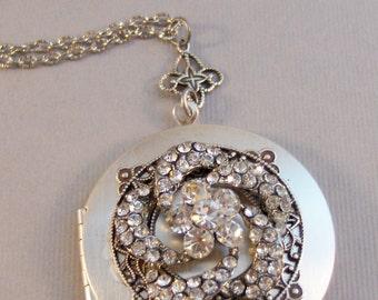 Wedding Lace,Wedding Locket,Wedding Necklace,Vintage Locket,Diamond Necklace,Diamond Locket,Crystal Locket,Antique Locket,Silver Locket,