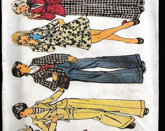 Simplicity 5918 Young Junior/Teens' and Misses' Unlined Jacket, Short Skirt and Pants