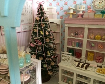 """9"""" Tall SWEETS Decorated CHRISTMAS TREE - Suitable for both 1:12 & 1/6 Scale Dollhouse Miniature"""