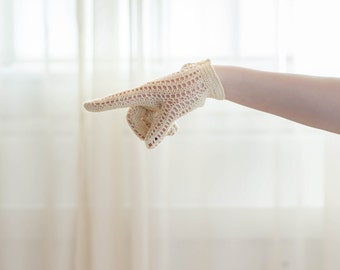1940's Crochet Gloves - Vintage 40s Lace Gloves - Sunday Drive Gloves