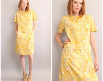 1960's Yellow Floral Shift Dress / 60's Mod / Large