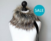 SALE Faux fur scarf in beige and black. Beige black faux fur neck warmer. Womens faux fur collar with black velvet ribbon.