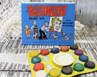 Blondie Paint Set, 1952 with 14 brilliant colors, vintage