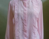 """Vintage Lady Manhattan Light Pink  Long Sleeved Blouse with Geometric Woven Print Bust 41"""" Waist 41"""""""