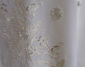 "Vintage Elizabeth Williams White Long Sleeved Blouse Embroidered Details and Floral Appliqués Bust 42"" Waist 42"""