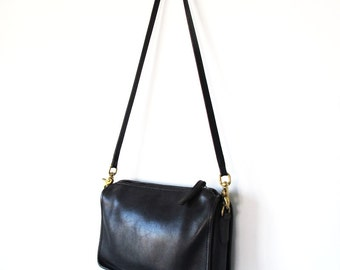 Vintage 1980s Coach Companion Bag Purse Black Leather Made in New York City Womens