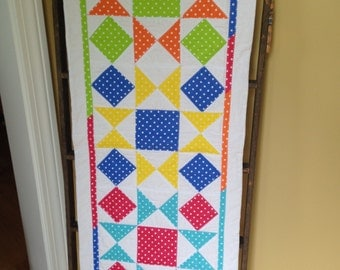 Quilted Table Runner, Polka dots, housewarming gift, table topper, home decor