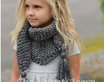 Knitting PATTERN-The Galloway Scarf (Small, Medium, Large sizes)