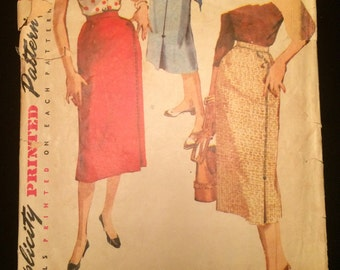1950's Pencil Skirt in Three Styles Vintage Sewing Pattern Waist 30-4769