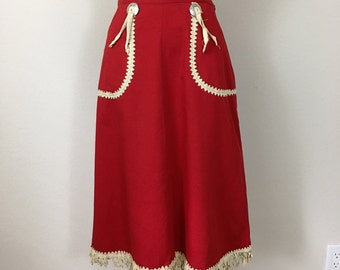 Rare 1940's vintage western skirt, 40's Gabardine red fringe Cowgirl skirt, Conches and pearl snap button, size Small Medium 27/28 waist
