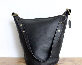 Vintage Coach Duffle Bag XL Black // Pre 9085 Leather Bucket Feed Bag Sac Tote // Made in USA