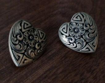 1960's Embossed Gold Metal Heart Pierced Earrings, Tasteful Fashion