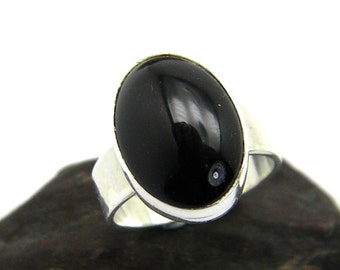 Sterling silver black onyx ring, Oval black stone ring, Solitaire black ring, handmade simple solid silver ring size 8.25, black jewelry