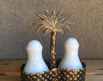 Vintage Ceramic Salt & Pepper Shaker White Set in Metal Palm Tree Carrier Caddy - #A1294