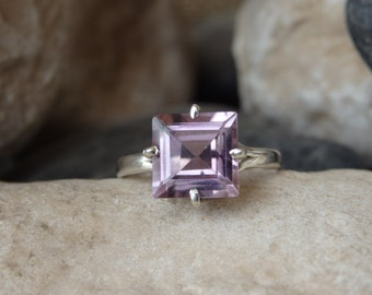 Minimalist Amethyst Ring, Purple Amethyst Ring, 925 Sterling Silver Ring, Solitaire Square Stone Ring, February Birthstone Purple Slim Ring