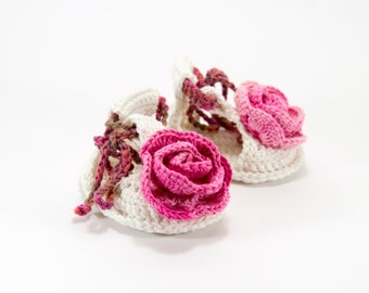 Crochet Baby Sandals with Flower - White and Pink,  0 ~ 3 months