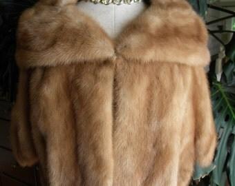 Fabulous mink fur stole / cape / wrap