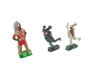 Painted Miniatures. American Indian Figures. Lead Toys. Cast Metal. Set of 3 Chief & Braves. Britains England. Vintage 1950s Collectibles