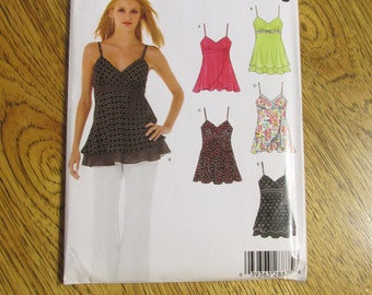 BOHO Empire Line Sleeveless Blouse / EASY Strappy Flutter Tank Top - Sizes (10 - 22) - UNCUT Sewing Pattern New Look 6466