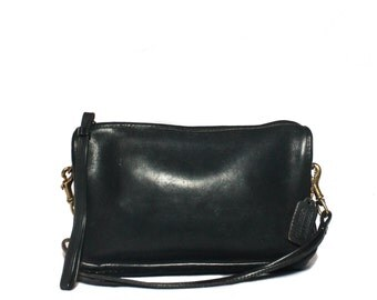 Vintage New York, USA Coach Convertible Wristlet Handbag Black Leather Purse Bonnie Cashin