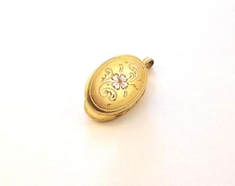 SALE Hayward 12KT Gold Filled Oval Locket with Etched Floral Design - Vintage GF Locket / Pendant