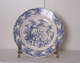 Royal China Blue & White Windmill - Wide Floral Boarder Luncheon Plate - Green Hallmark