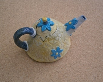 Yellow ceramic teapot - Collectible teapot with blue flowers - Small handmade teapot with lace pattern (stoneware)