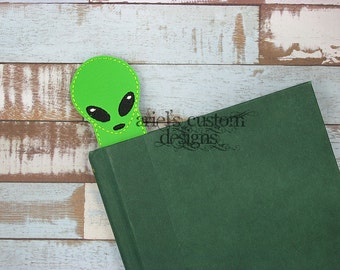 Alien Bookmark
