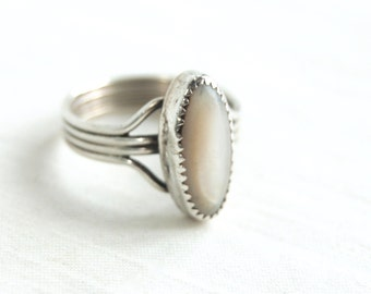Mother of Pearl Ring Size 13 Vintage Sterling Silver MOP Jewelry Large Ring Southwestern
