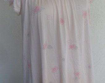 Vintage Nightgown Miss Elaine Pink Floral Size Petite
