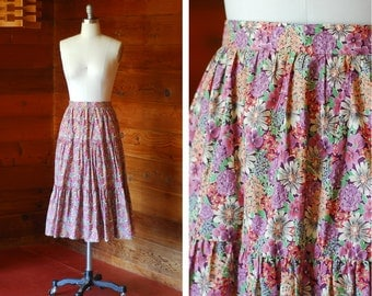 vintage Elizabeth Arden Liberty of London cotton floral print skirt / size small