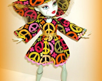 "SALE - Frankie Stein's ""Throwback Thursday"" 3 Pc Bohemian Retro Outfit w/ Hat, Dress, Hotpants, Handmade Clothes for 17"" Monster High Doll"