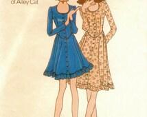 Boho Vintage 1970s Butterick 6536 Betsey Johnson of Alley Cat Drop Waist Scoop Neck Dress Sewing Pattern B32