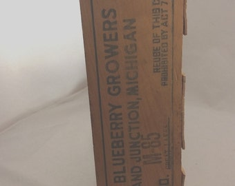 Vintage Wooden Produce Crate Box Tray Michigan Blueberries Growers Association