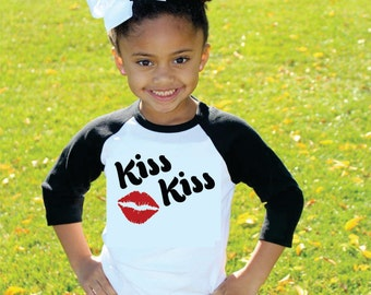Valentine's Day Shirt for Girls Kiss Kiss with Red Lips Raglan T-Shirt