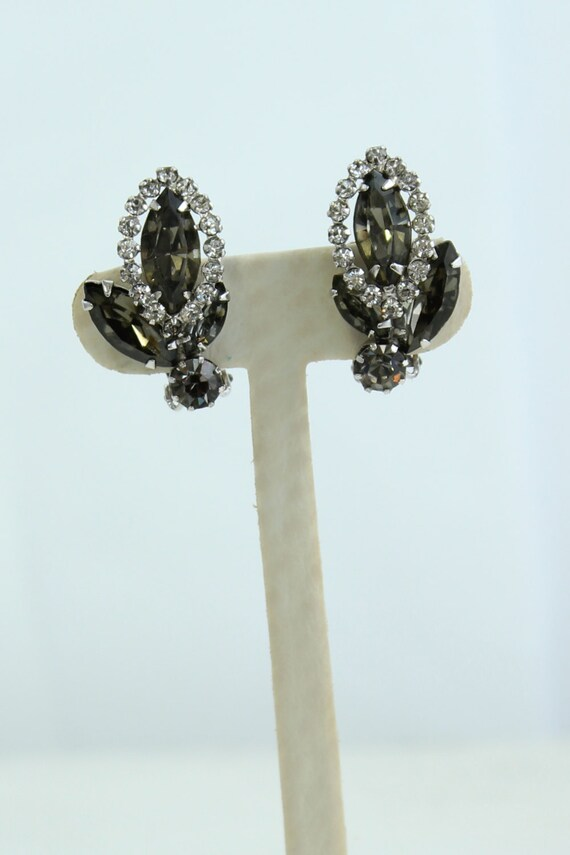 weiss vintage costume jewelry clip on earrings by