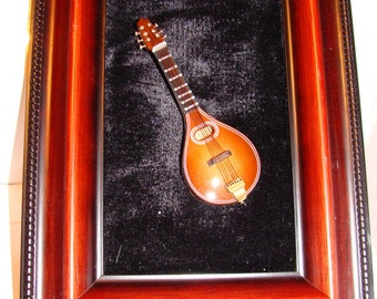 Magnet/Ornament,Mandolin, Musical Instrument, 4 Inches, No Sound