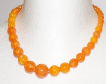 VINTAGE ORANGE NECKLACE - Vintage orange lucite beaded necklace - pretty bright orange marbelled vintage beaded necklace