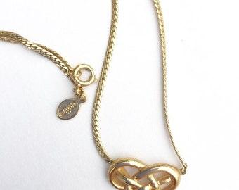 Pretty Vintage Avon Gold Love Knot Necklace
