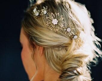 Floral Headpiece, Bridal Hair piece, Daisy Comb -Style 4216