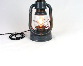 Industrial Lamp -Lighting - Upcycled Vintage - Light